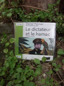 Daniel Pennac, Le dictateur et le hamac, lu par l'auteur