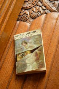 Agatha Christie, Le miroir se brisa
