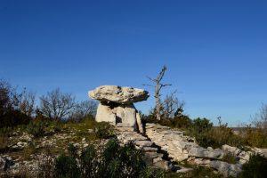 Causse du Larzac - Dolmen de la Pinarède