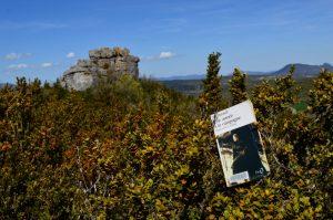 Causse du Larzac, roc du Mérigou - Une année à la campagne de Sue Hubbell