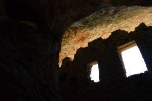 Massif de l'Aigoual, gorges du Trévezel - Grotte Saint Firmin