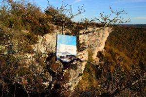 Causse du Larzac, au-dessus de Saint-Beaulize - Annie Proulx, Bird Cloud