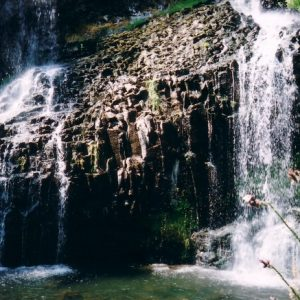 Basaltes - Cascade de la Beaume vers Agizoux en Haute-Loire