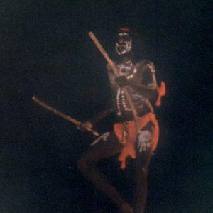 Djunawong Stanley Mirindo - Originaire de l'ethnie Gooniyandi (West Kimberlay), militant très actif de l'identité culturelle aborigène, c'est un excellent chanteur, danseur et acteur... (film et théâtre)