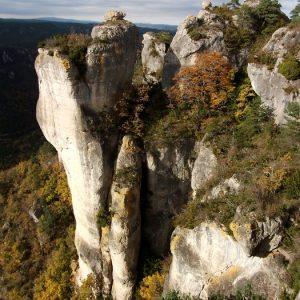 Gorges de la Dourbie - Lieu des acrobaties, vers Roquesaltes, au-dessus de Sainte-Marguerite (Aveyron)