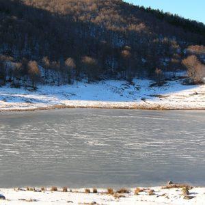 Lac des Pises l'hiver