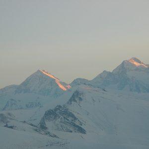 au couchant la Montagne  de l'Ourtiga, Pic de Hourgade (2964m.), Pic de Nère (2794m.)