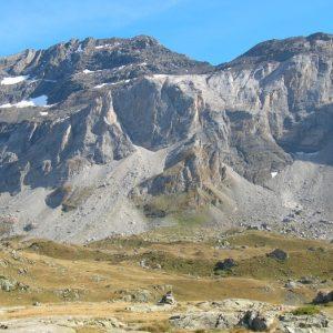 Pic de la Munia (3133m.) et Mont Arrouy (2888m.) - Cirque de Troumouse