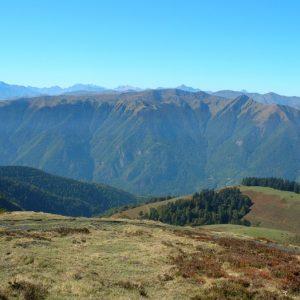 panorama sur le Sommet d'Antenac (alt. 1990m.), et au loin vers le Shrader, vu de Sarrouègère (Luchonnais)