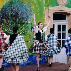 Tayside Folk Dance & Music - Troupe de Dundee (Écosse), à Montignac (24), en été 2000, XXe Festival