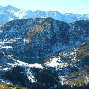 Le lac de Bareilles - Situé au sud du mont Né, à 1 765 m d'altitude, au pied du Tech comme dans un écrin...