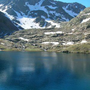 Lac Couy - Le lac au pied du Malh Arrouy (2 965 m)