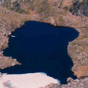 Le lac des Gentianes, 2 642 m