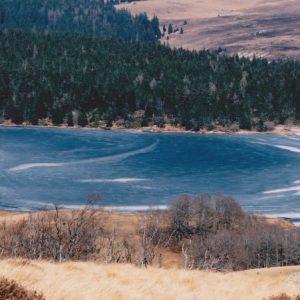 Le lac des Pises, début de l'hiver - Mont Aigoual