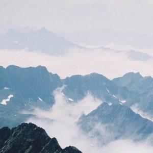 Massif du Néouvielle (3 090 m) - Regard du pic du Midi de Bigorre... vers midi... !