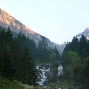 Le Pic Cestrède au couchant... Le soir dans la vallée...