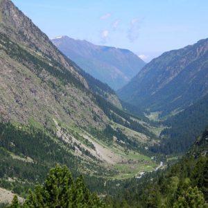 Vallée de Lutour - La vue sur la vallée en montant au lac de Hount Hérède