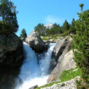 Cascade... Sur le Gave de Lutour, vers 1 780 m