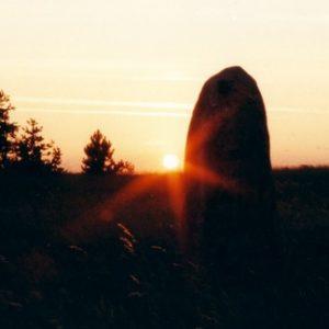 Coucher sur les menhirs - À la Cham des Bondons, près des Laubies, mont Lozère