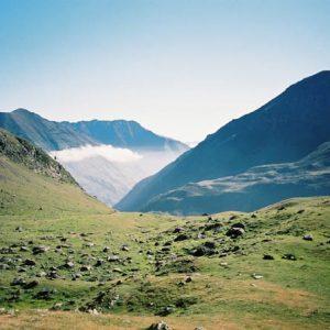 Vallée de Neste de la Géla - Vue de Hourquette de Héas le matin...