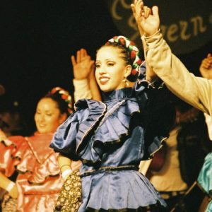 Beau sourire du Mexique... de l'ensemble Ballet Huichol