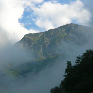 Crête de Crabides... Altitude 2 242 m, sentier de la vallée de la Frèche