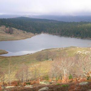 """Lac des Pises, vue du sud - """"le Grand Pas"""""""