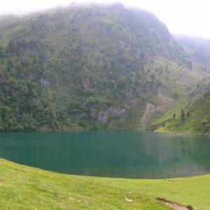 Lac de Bareilles vu de la rive nord