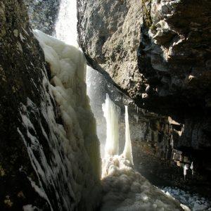 Colonnes gelées (Cascade de Nasbinals)