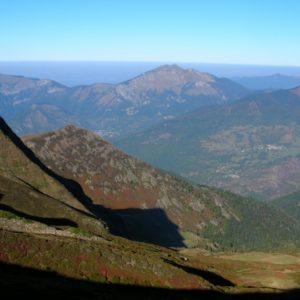 vu du Col d'Esclot d'Aou, le Pic de Cagire (alt. 1912m.)