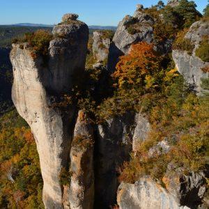Rochers vers Roquesaltes au sud, Gorges de la Dourbie - Causse Noir, Aveyron