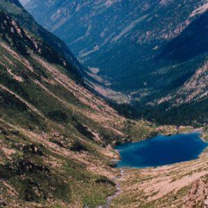 Gave et lac d'Estom