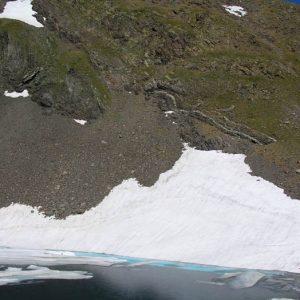 Pic d'Estom Soubiran - Le lac du Col, au pied du pic d'Estom à 2 829 m d'altitude