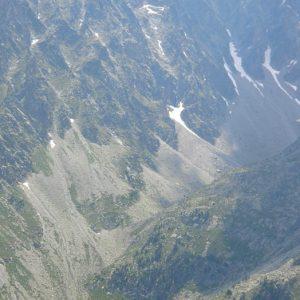 Le Pic de Cestrède - À l'est, au pied du Pic Cestrède (2 947 m), le lac de Hount Hérède (prise de vue d'Estibe Aute)
