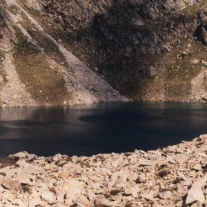 Lac sud irisé par la brise...