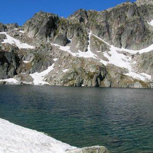 Lac du Pourtet -  Arrivée au lac par l'est, sentier du pont du Cayan du Marcadau
