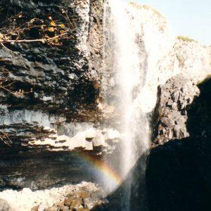 Basaltes, cascade de Nasbinals - Sur le plateau de l'Aubrac