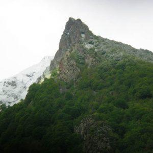 Pic de Peyrenère, 1747 m - Vue de la vallée de Cauterets, 900 m d'altitude