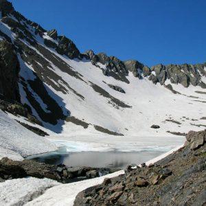 Arrivée au lac Glacé - Le déversoir du lac...