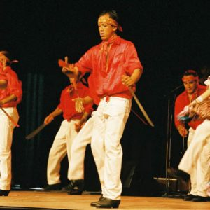 Danseurs du Ballet Huichol - La danse des machettes
