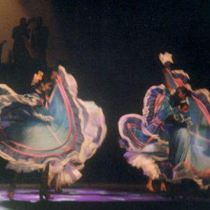 Vénézuela - Fundation de Danzas Cantaclaro, festival de Martigues (13), juillet 2001